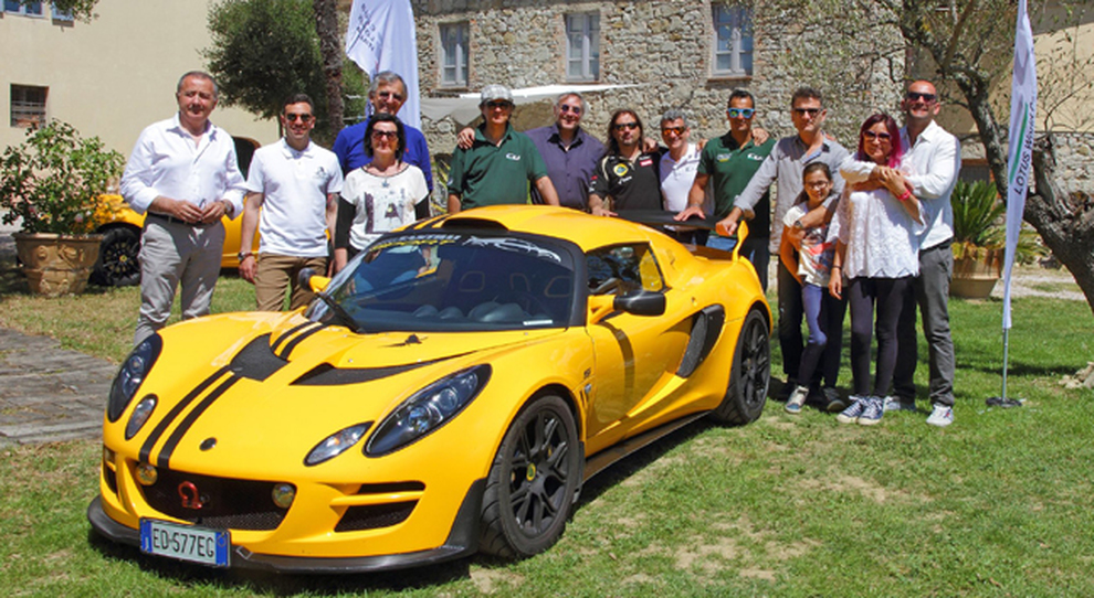 I protagonisti della serie tv Lotus Loves Umbria