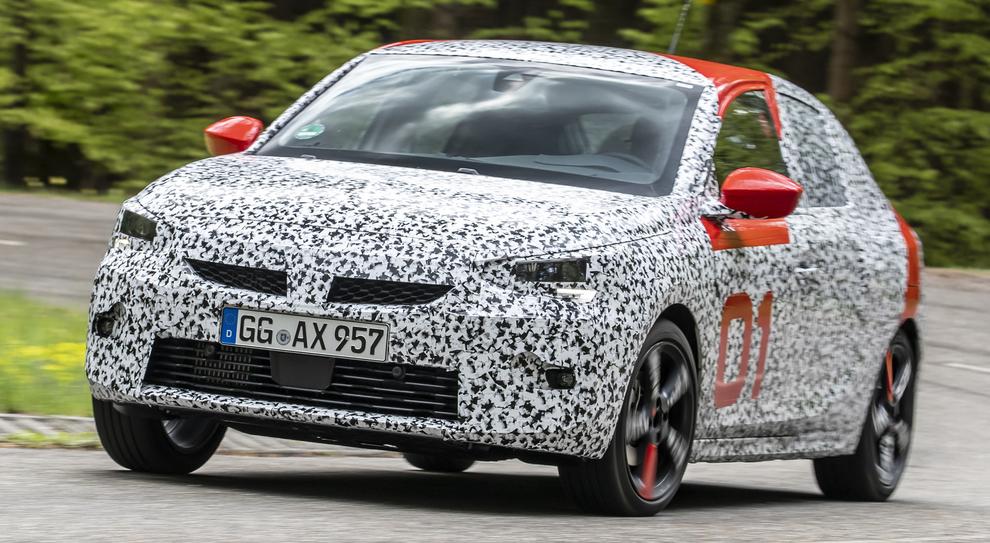 Nuova Opel Corsa anche elettrica con 50kWh e 136CV
